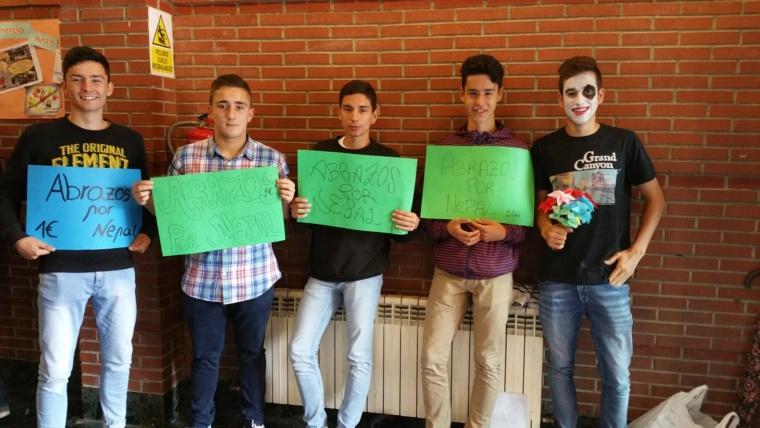 """""""Gestos"""" solidarios por NEPAL"""