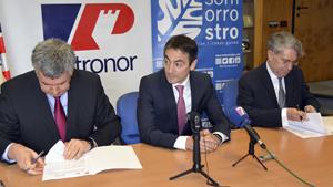 """Puesta en el C.F. Somorrostro """"la primera piedra"""" del nuevo proyecto energético de Petronor"""