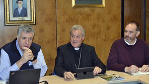 Visita del Obispo al Centro de Formación Somorrostro